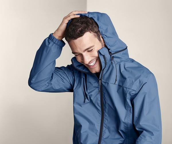 Férfi dzsekik, kabátok & kiegészítők