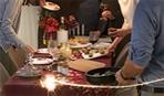 Az ünnepi asztal körül